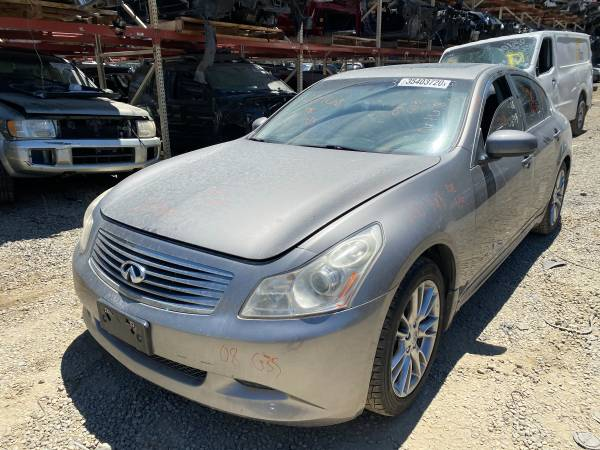 Photo PARTING OUT 2008 INFINITI G35  FRONT END AVAILABLE  - $1 (3440 SUNRISE BLVD)