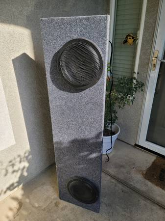Photo Subwoofer Box Custom (10quots not included) - $250 (Riverbank)