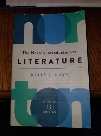 Photo The Norton Introduction to Literature - $35 (Modesto)