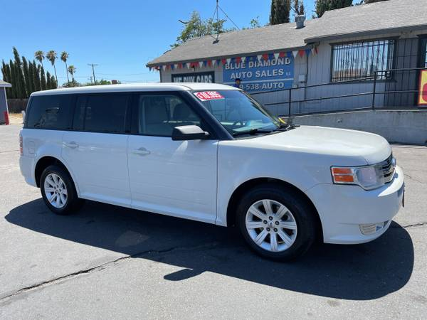 Photo 2011 Ford Flex SE Super Clean SUV Gas Saver HUGE SALE NOW  - $10,499 (bluediamondautoceres.com)