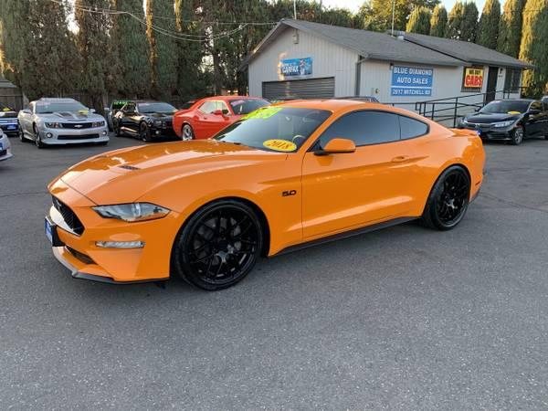 Photo 2018 Ford Mustang GT 6 Speed Orange 8k Miles Like New SALE SALE  - $36,999 (bluediamondautoceres.com)