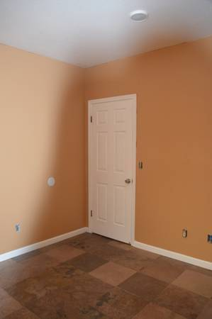 Photo private Entrance Like Studio for rent only $999.99 (modesto)