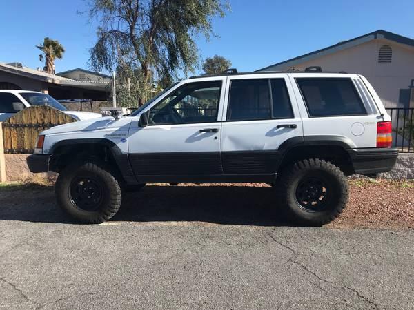 Photo 1994 Jeep Grand Cherokee Laredo - $2100 (Bullhead City)