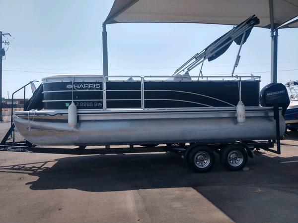 Photo 2014 Harris Cruiser 200 Pontoon Boat w90hp and Trailer - $22,500 (Germaine Marine LHC)