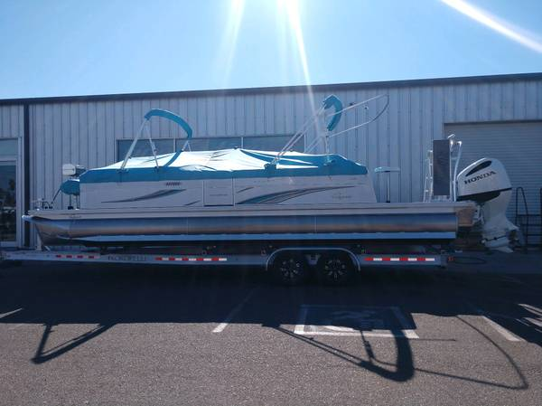 Photo 2021 Qwest Avanti 2839ft Triple Tube Pontoon Boat with Honda 250hp - $79,500 (Germaine Marine LHCAZ)