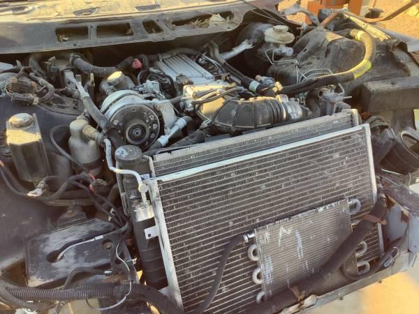 Photo 350 Chevy motor 700 r fourTransmission - $2,500 (Kingman)