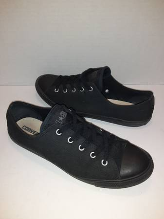 Photo Converse Chuck Taylor All Star All Black Womens Size 10 Low Tops - $32 (Mohave Valley)