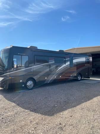 Photo Fleetwood Expedition 40X - $162,000 (Lake Havasu City, AZ)