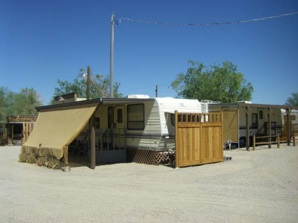 Photo Housing Offered in Small Senior R.V. Park (Quartzsite, La Paz County, AZ)