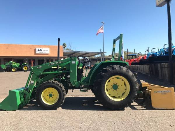 Photo JOHN DEERE 990 TRACTOR - FINANCING AVAILABLE OAC (JOHN DEERE 990 TRACTOR - FINANCING AVAILABLE )