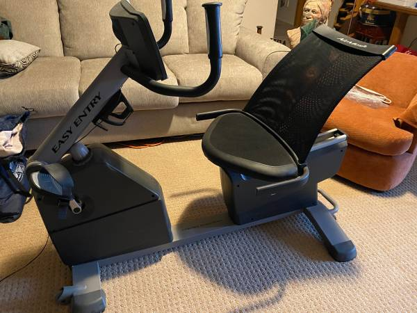 Photo NordicTrack Recumbent Exercise Bike Nordic Track - $200 (Kingman)