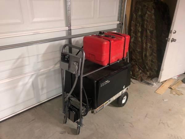 Photo Onan 5500 portable gas generator - $2995 (Kingman)