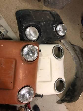 Photo Volkswagen bug eye and hood kits baja - $150 (Kingman)