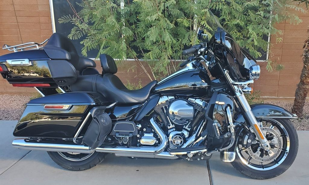 Photo 2016 Harley-Davidsonxc2xae FLHTK - Ultra Limited $16997