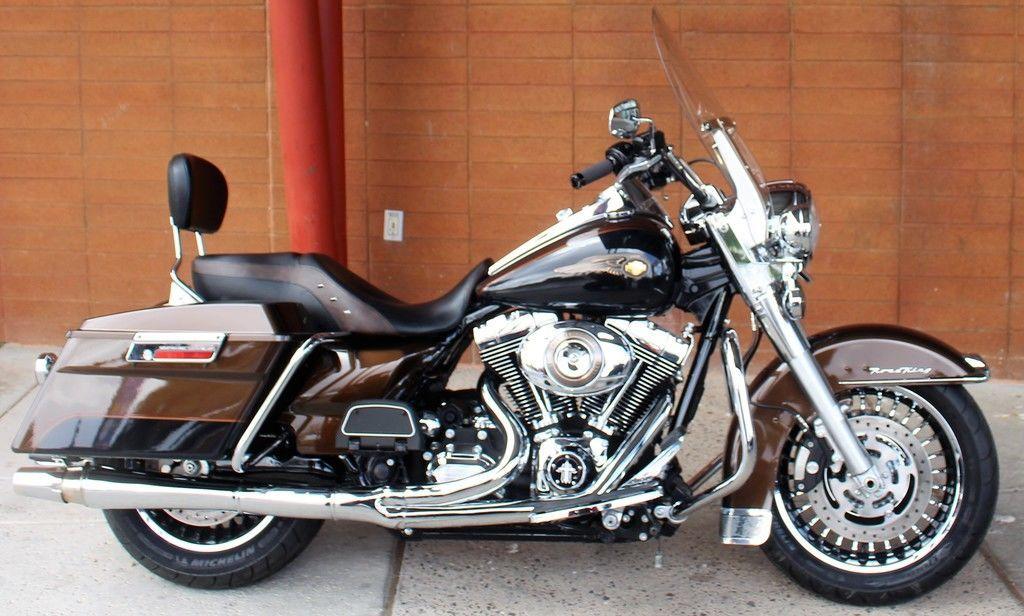 Photo 2013 Harley-Davidson FLHR - Road King 110th Anniversary Edition $15995