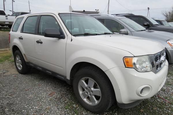 Photo 2011 Ford Escape XLS - $4,900 (Monroe, LA)