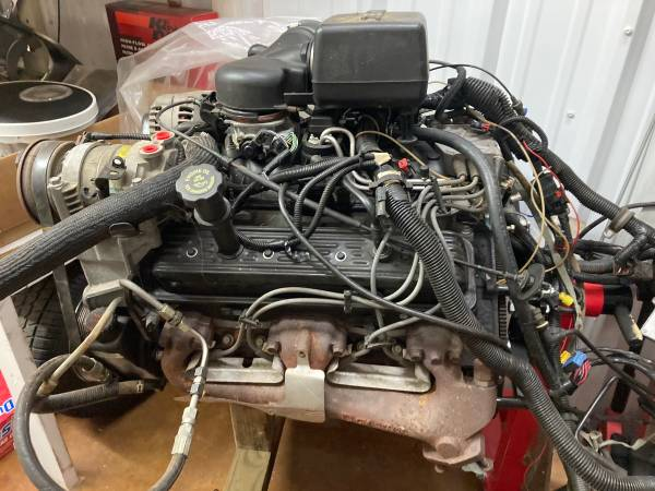 Photo Chevy GMC 5.7L Vortec Engine Rock Crawler Hot Rod Street Rod - $2,500 (West Monroe)