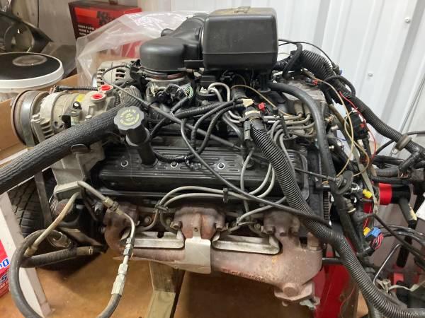 Photo Chevy GMC 5.7L Vortec Engine Rock Crawler Hot Rod Street Rod - $2,200 (West Monroe)