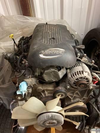 Photo Chevy GMC GM 5.3L Vortec V8 Engine Rock Crawler Hot Rod Street Rod - $2,200 (West Monroe)