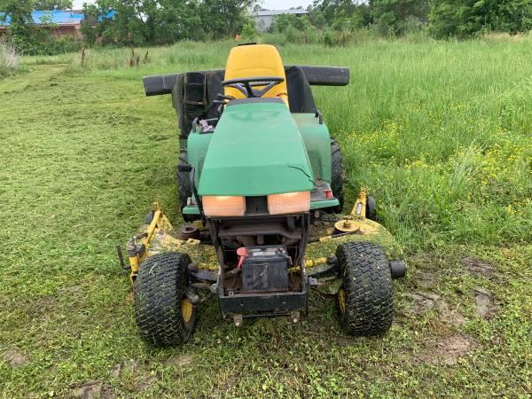 Photo John Deere 445 Lawn Tractor - $2,500 (West Monroe Louisiana)