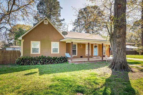 Photo This is a great 2 bedroom 2 bath home located in Monroe, LA (monroe, LA)
