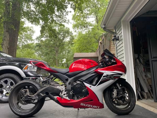 Photo 2013 Suzuki GSXR 600 - $8,250 (Toledo)