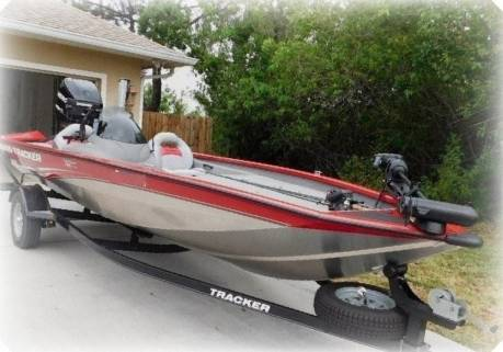 Photo 2015 Bass Tracker BOAT EASILY HANDLED BY TWO PEOPLE - $1,400