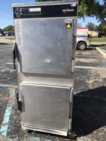 Photo ALTO SHAAM 1767 SMOKER COOK  HOLD OVEN RESTAURANT BBQ SMOKED RIBS - $4,800 (WATERFORD)