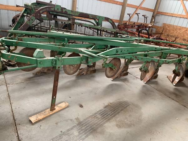 Photo John Deere 5 Bottom Plow - $700 (Northwood)