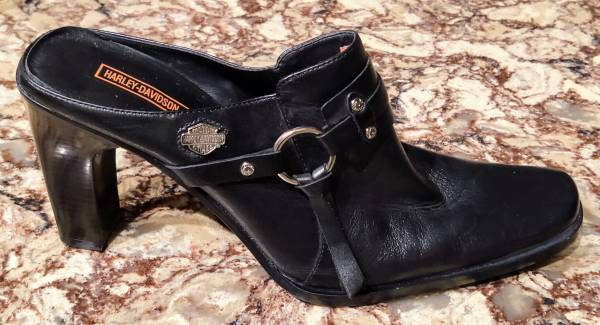Photo NEW HARLEY DAVIDSON WOMENS LADIES BLACK LEATHER SHOES BOOT 83216 SZ 10 - $85 (Linden)