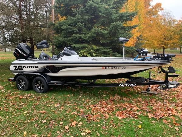 Photo Nitro Z8 bass boat - $24,000 (Carleton)