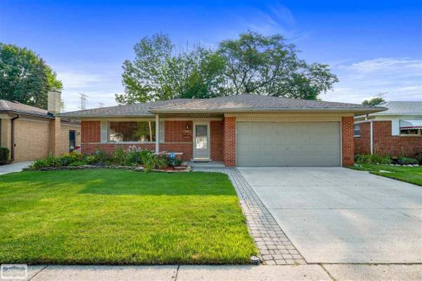 Photo Out with the old, in with the new Home in Warren. 3 Beds, 1 Baths (Shelby Township)