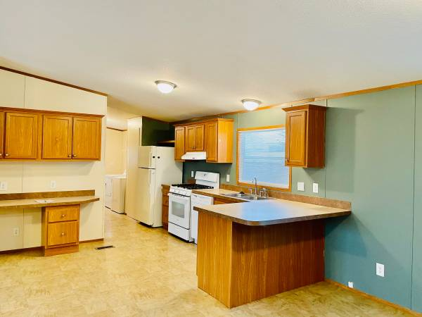 Photo Use Your Tax Refund Toward The Purchase Of This Beautiful Home (White Lake)