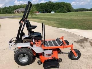 Photo Z-Beast 54quot Zero Turn Mower - $500 (Carleton)