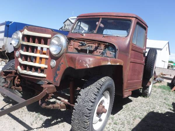Photo 1952 WILLYS OVERLAND GRILL 50 51 53 4x4 STATION WAGON TRUCK HEADLIGHTS - $500 (POWELL, WY)