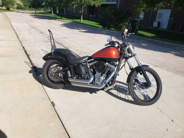 Photo 2011 Harley FXS Blackline - $7,500 (Rapid City)