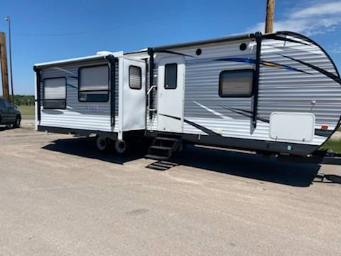 Photo 2017 SALEM 27 REIS CAMPER LARGE LIVING AREA SLIDE OUTS - $16,988 (SIGNATURE AUTO AND EQUIPMENT)