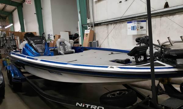 Photo 2020 Nitro Z21 - $54,999 (Pacific)