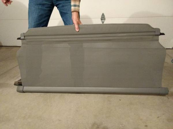 Photo Jeep Liberty rear cargo cover - $20 (Rapid City SD)