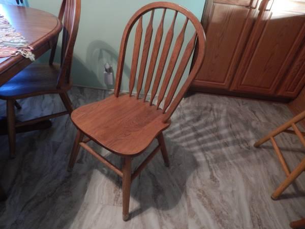 Oak dining set and Bar stools - $350 (Great Falls)