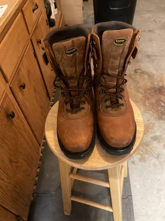 Photo Wolverine Work Boots - $50 (Billings)