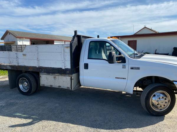 Photo 2001 Ford F350 Flatbed Truck - $3000