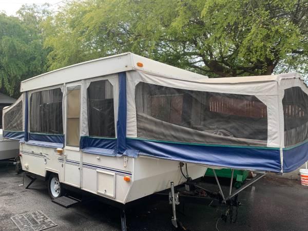 Photo 2002 StarCraft pop-up tent trailer - $4,200 (san jose west)
