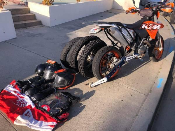 Photo 2011 KTM 450 exc - $7,800 (Monterey)