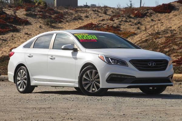 Photo 2015 Hyundai Sonata Quartz White Pearl For Sale GREAT PRICE - $13,997 (Seaside)