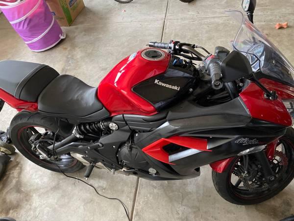 Photo 2016 Ninja 650R Abs - $5,000 (Salinas)