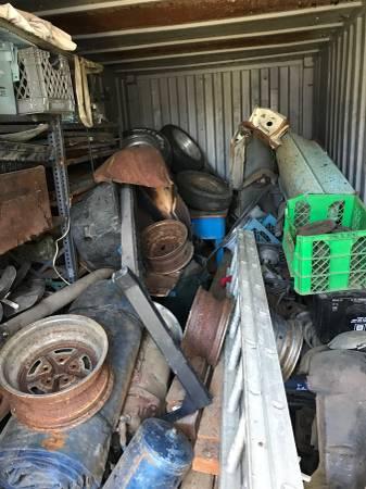 Photo Auto parts storage clean out , Swap meet parts - $1 (Hollister)