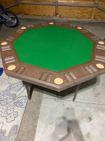 Photo Folding poker table - $50 (Salinas)