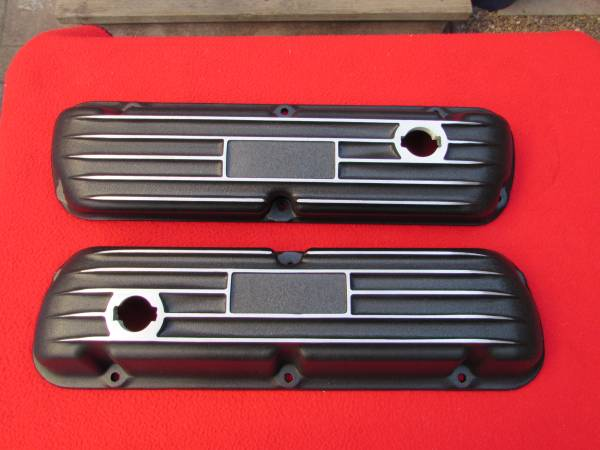 Photo Ford Valve Covers Mustang GT Shelby GT350 Ford 289 302 351W - $125 (Salinas)