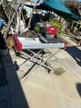 Photo MK Diamond TX-4 1-34 HP, 10quot Wet Tile Saw And stand - $850 (Greenfield)